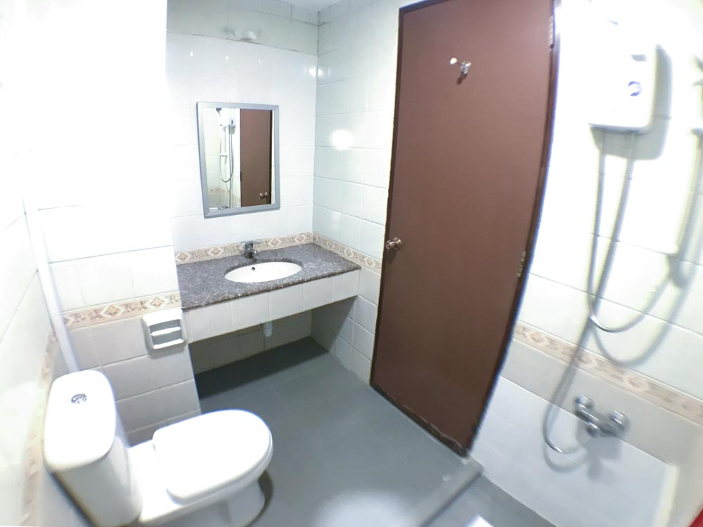 CV0203r1.Bath