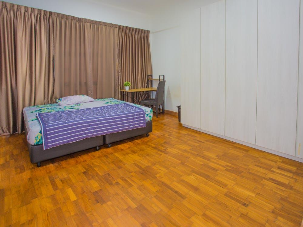 CV42r1 Kingsize bed