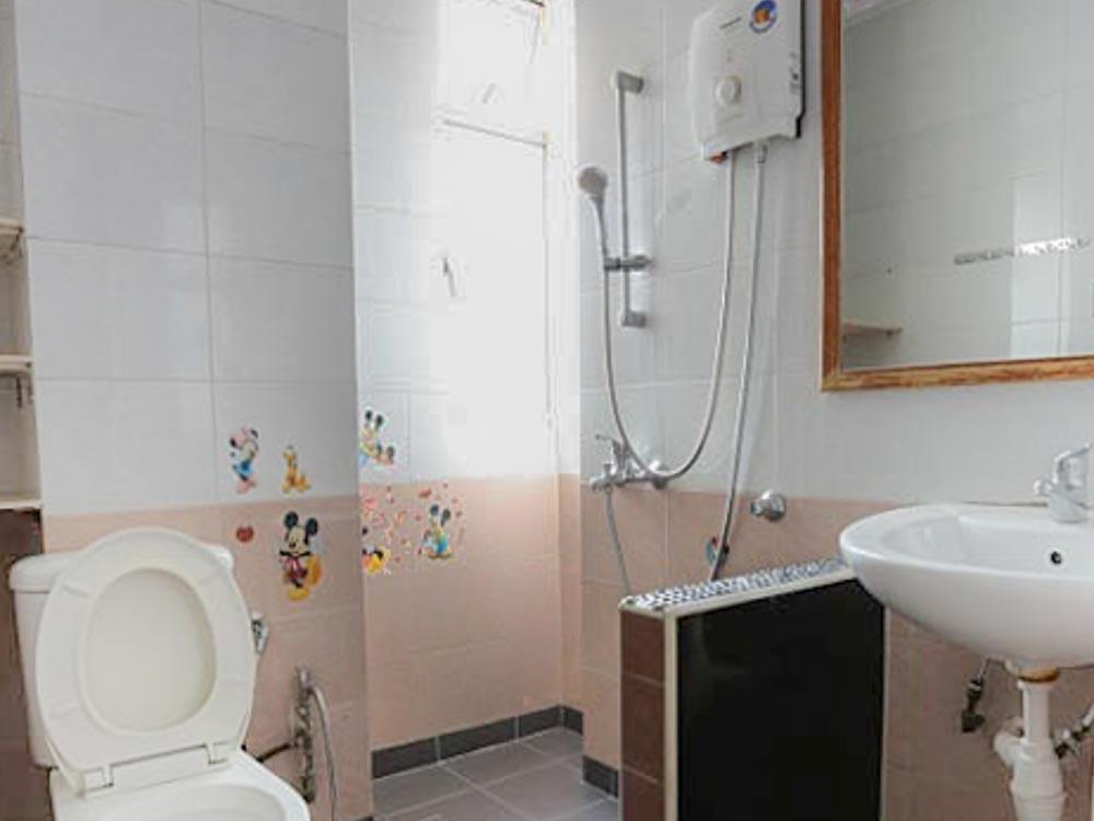L9#4-Bathroom